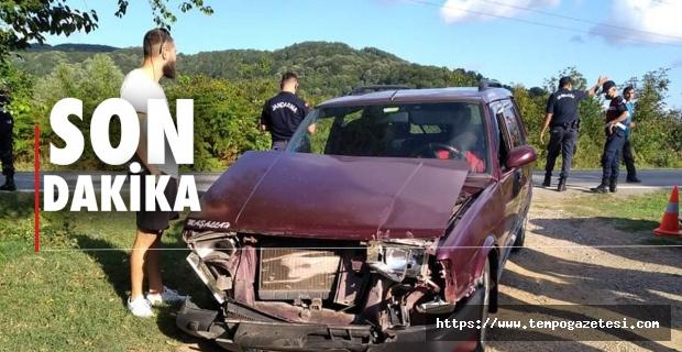 Zincirleme kaza: 4 Araç birbirine girdi...