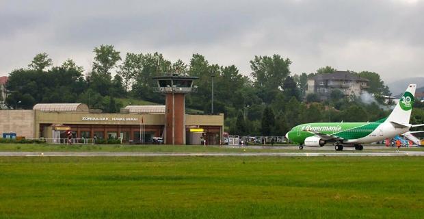 Havaalanını üç ayda 40 bine yakın yolcu kullandı