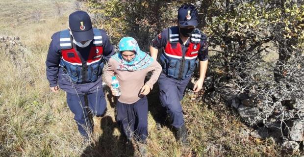 Kayıp kadın 6 kilometre uzakta bulundu