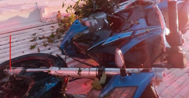 Yoldan çıkan motosikletin sürücüsü yaralandı