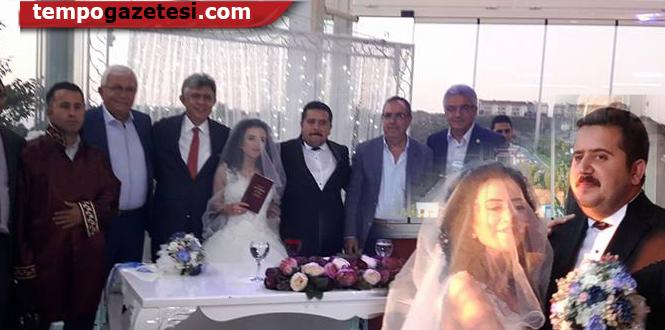 CHP'liler o düğünde buluştu...