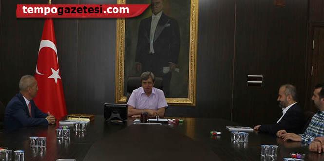 Vali Ahmet Çınar'ı çok enerjik bulduk...
