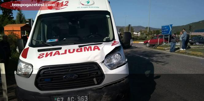 Hasta taşıyan Ambulans kaza yaptı!...