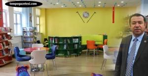 Belediye okula kütüphane kazandırdı