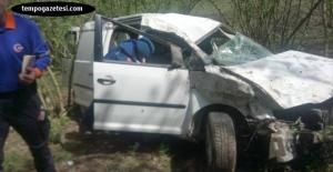 Otomobil şarampole yuvarlandı. Bir kişi ağır yaralı