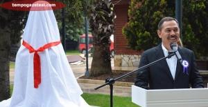 Osman Zeki Oral Büstü Açıldı