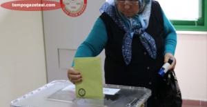 Gurbetçiler oylarını kullanmaya başladı!..