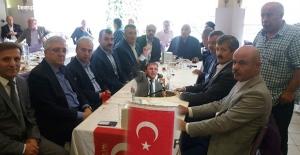 """Toprak, """"Yaşasın Türkiye Cumhuriyeti, yaşasın Türk milleti"""""""