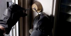3 Mahallede hırsızlar 10 günde 20'in üzerinde ev soydu!..
