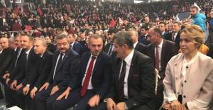 AK Parti'nin vefasızları... Özcan Ulupınar ile Hüseyin Uysal törende YOK!