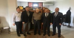 AK Partililer Yurtbay'ı ziyaret etti...
