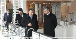Vali Erdoğan Bektaş, Seramik fabrikasını gezdi
