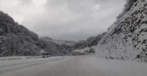 Yollar buz pisti gibi... Yola çıkmayın!..