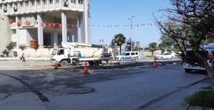 Heykel kaldırıldı, trafik düzenlemesi...