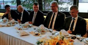 ERDEMİR'den protokole iftar yemeği
