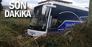 Yolcu otobüsü kaza yaptı