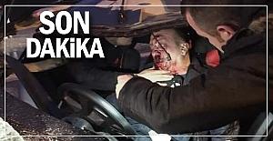 Flaş... Feci kaza... Sürücü direksiyonda sıkıştı!