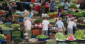 Korona virüs tedbiri nedeniyle açılan halk pazarı boş kaldı