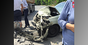 Otomobil tır'a çarptı, 1 yaralı