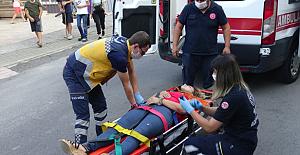 Sinir krizi geçiren kadın hastaneye kaldırıldı