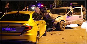 Feci kaza; 2 yaralı
