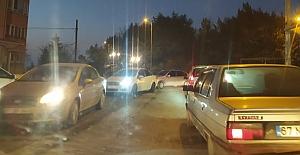 Trafik kilitlendi: sürücüler isyan etti