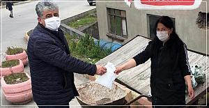 Gülüç Belediyesi maske dağıttı