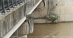Eski köprü tehlike saçıyor