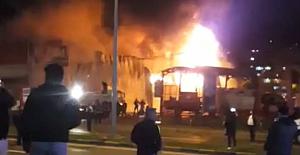 16 Tonluk tankerle yangına müdahale ettiler