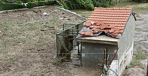 Bayramda oturmayı düşündüğü evi sular altında kaldı