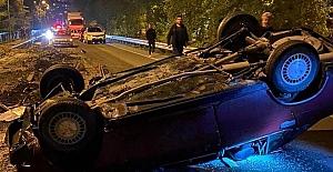 Otomobil taklalar attı: 2 yaralı