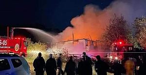Gizlice girdiği evde yanarak can verdi...