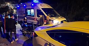 Ticari taksiye çarpan motosiklet sürücüsü yaralandı