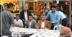 Polat Türkmen, esnaflarla iftarını açtı...