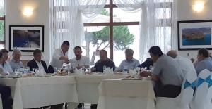 Vali Çınar'dan teşekkür yemeği…