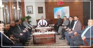Vali Erdoğan Bektaş'ı ziyaret ettiler...