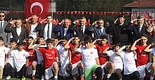 Barış Pınarı Harekatı'na destek için polisler ve askerler moral maçında oynadı
